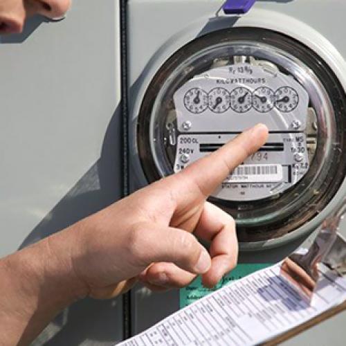 BARRETOS: Idosa é vítima de estelionatários em golpe de aferição de energia elétrica