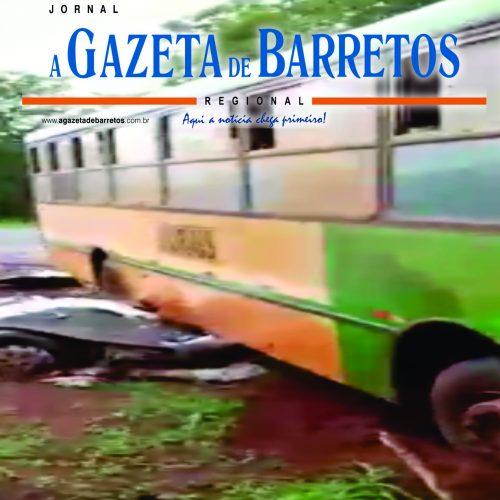 Acidente entre ônibus e van na vicinal que liga Jaborandi e Terra Roxa