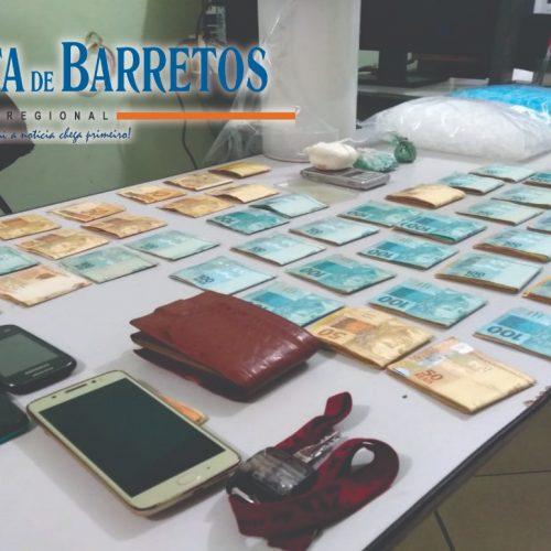 BARRETOS: Casal é preso com drogas, balança e quase 20 mil em dinheiro