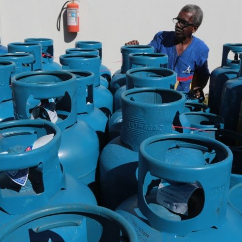 ECONOMIA: Aumento do gás provoca corrida para a compra de botijões