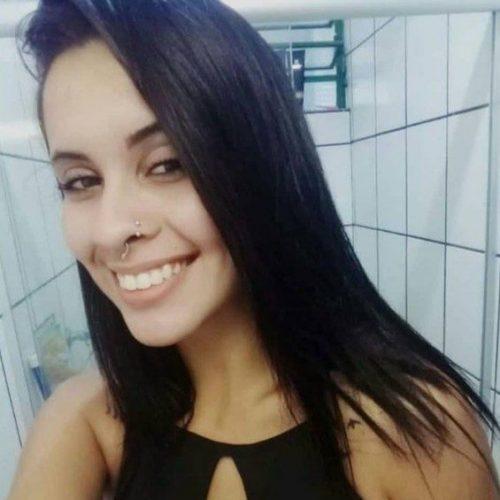 REGIÃO: Jovem encontrada morta enrolada em tapete tinha camiseta enfiada na boca