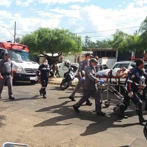 REGIÃO: Dois são baleados e um é linchado em assalto