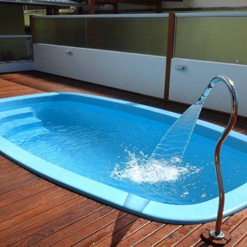 BARRETOS: Aposentada paga mais de 16 mil por piscina e não recebe produto