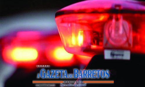 BARRETOS: Dois menores, armados com um revólver, são detidos em flagrante após roubarem residência no bairro Zequinha Amêndola