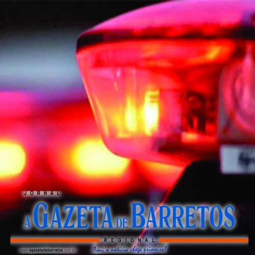 Embriagado, motorista tomba carreta na Rodovia Faria Lima