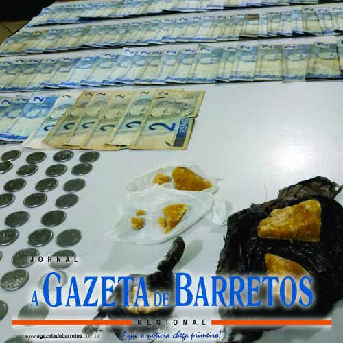 BARRETOS: Mulher é presa por traficar drogas e policia localiza moto, dinheiro e crack em na residência
