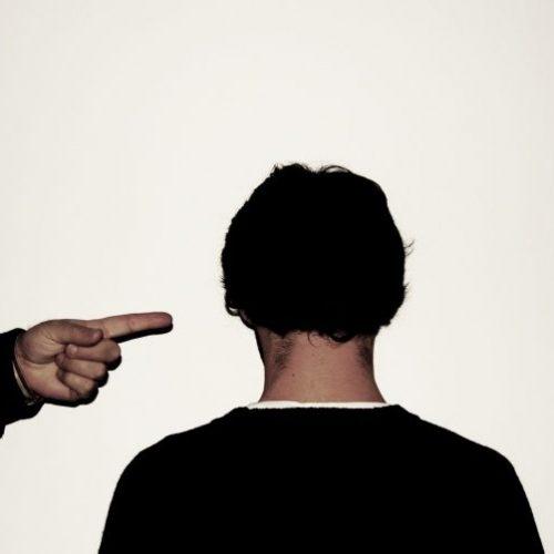 BARRETOS: Homem registra queixa por calúnia contra sua vizinha