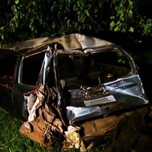 REGIÃO: Batida entre caminhão e carro fere casal e filha