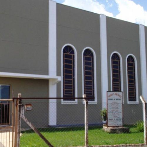 BARRETOS: Ladrões furtam cabos de energia em igreja no Zequinha Amêndola