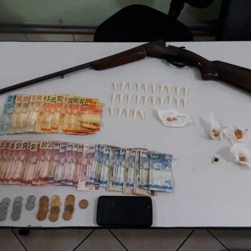 BARRETOS: Equipe do Canil detém jovem com arma, drogas e dinheiro