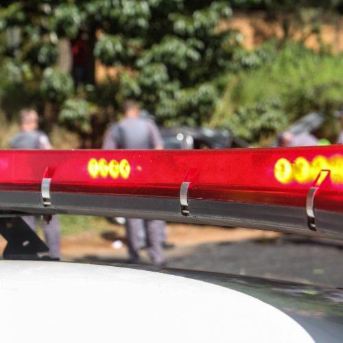 BARRETOS: Ladrão coloca faca na barriga da vítima e rouba celular e dinheiro