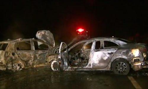 REGIÃO: Carros batem e pegam fogo em acesso da rodovia Alexandre Balbo