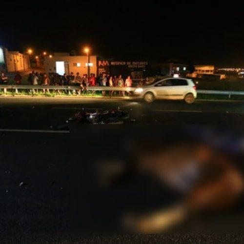 REGIÃO: Pedreiro morre ao bater de moto contra cavalo