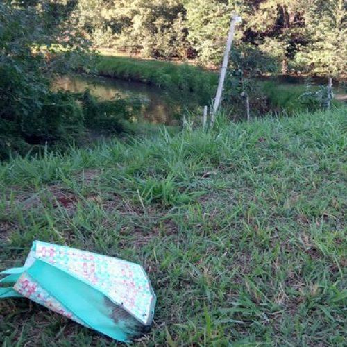REGIÃO: Idoso acha feto de cinco meses durante pescaria em córrego