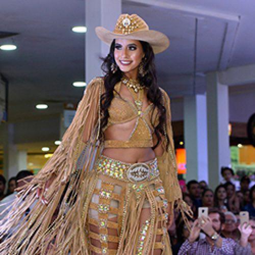 Larissa Ferreira é a Rainha da Festa do Peão de Barretos 2019