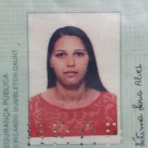 REGIÃO: Mulher é achada morta embaixo do tapete da sala de casa