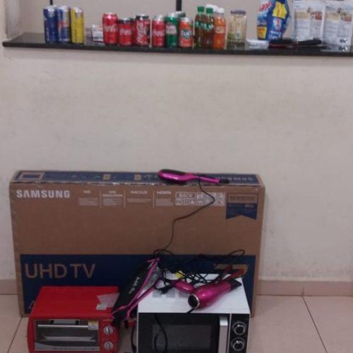 REGIÃO: Polícia prende fiscal que furtava produtos de mercado