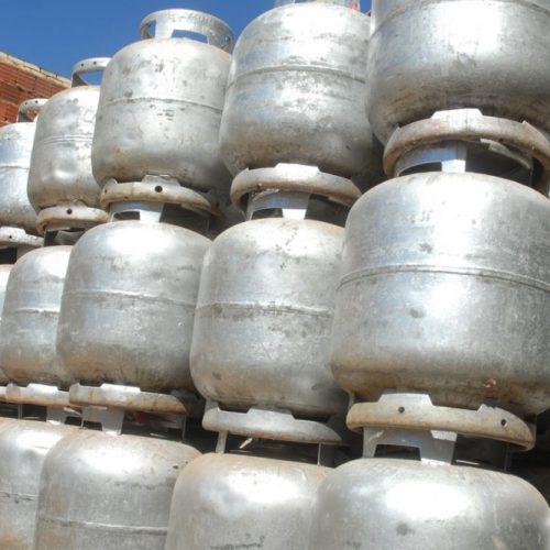 GÁS DE COZINHA: Governo avalia novas medidas para reduzir preço do gás de cozinha