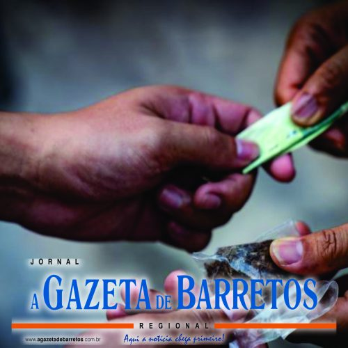 CAJOBI: Mulher é presa traficando drogas em um bar