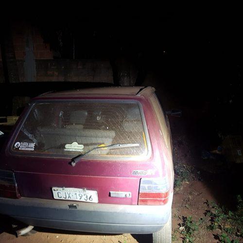 BARRETOS: Policia localiza carro furtado no Parque do Peão