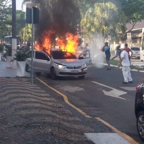 REGIÃO: Homem ateia fogo na ex-namorada e em si mesmo usando coquetel molotov