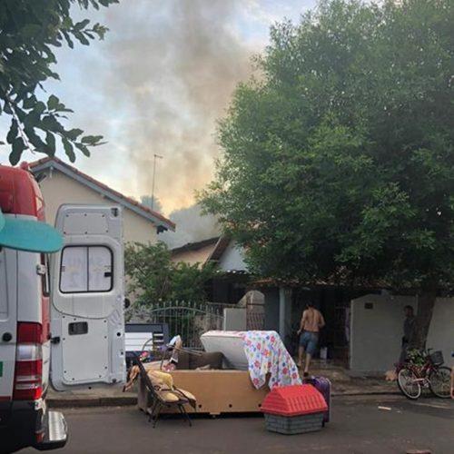 GUARACI: Mulher discute com familiares, mete fogo em colchão e quase provoca tragédia