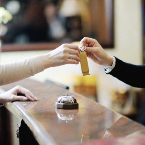BARRETOS: Casal hospeda-se por nove dias em hotel e não efetua pagamento das diárias