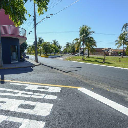 BARRETOS: Recapeado, Bairro Santa Terezinha recebe pintura de sinalização de solo