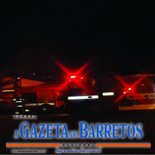 BARRETOS: Incêndio em residência na Avenida 13 com a Rua 28