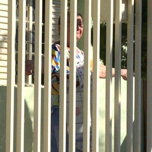 Idosa completa 78 anos e ganha 'buzinaço de aniversário' na porta de casa em Sorocaba