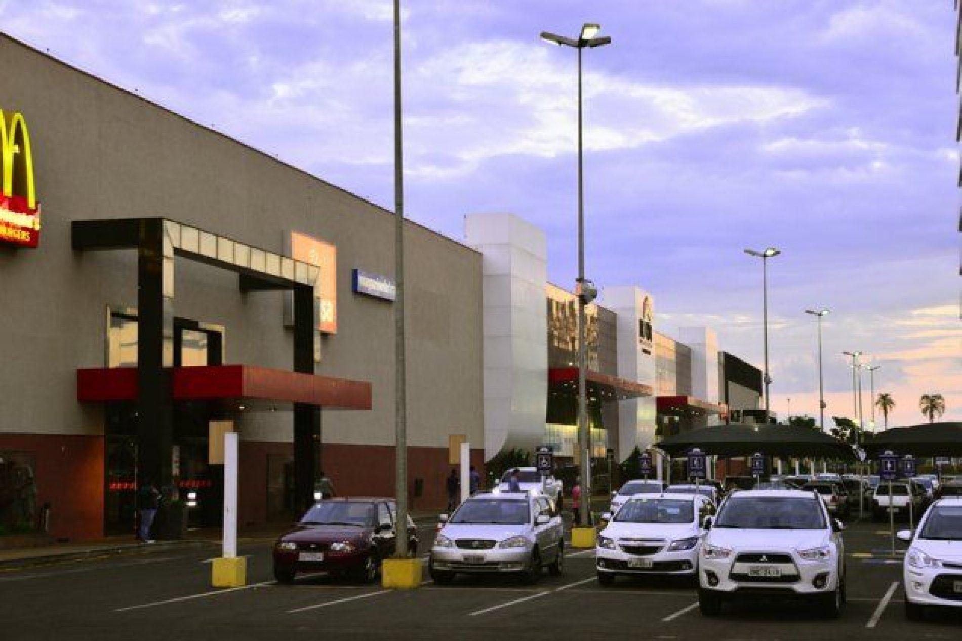 BARRETOS: North Shopping divulga horários especiais no feriado da segunda-feira