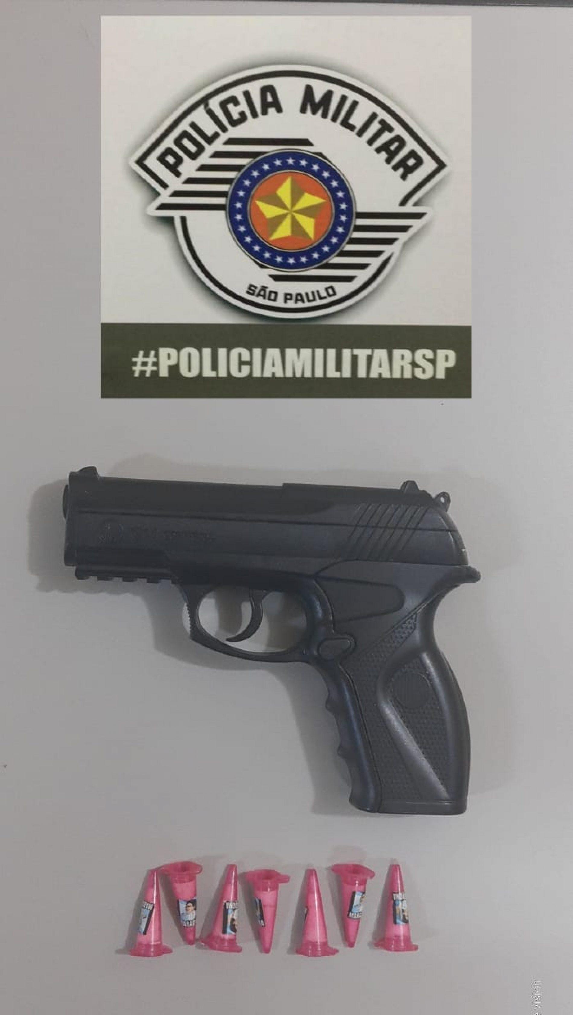 BARRETOS: Polícia detém indivíduo e apreende simulacro de arma