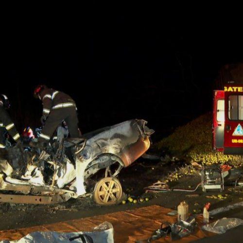 REGIÃO: Colisão entre caminhão e caminhonete deixa cinco mortos