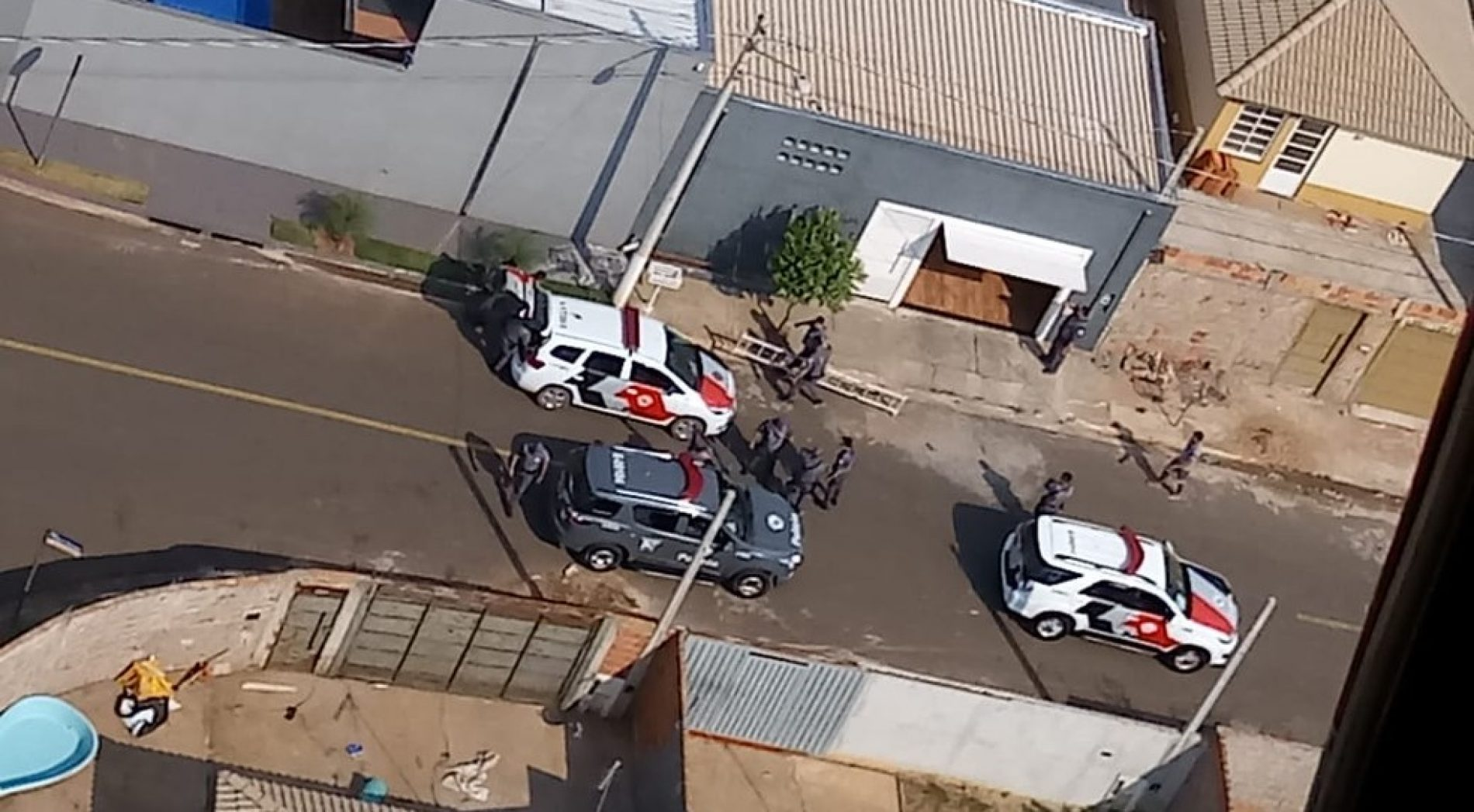 REGIÃO: Adolescentes furtam carro e são detidos após perseguição policial