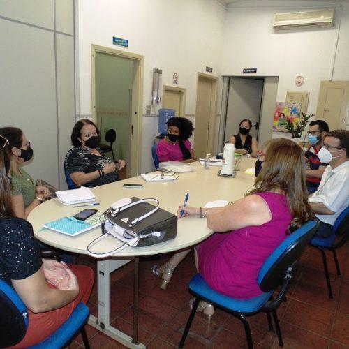 BARRETOS: SESMT e secretaria de Educação estudam ajustes no atendimento aos profissionais da pasta