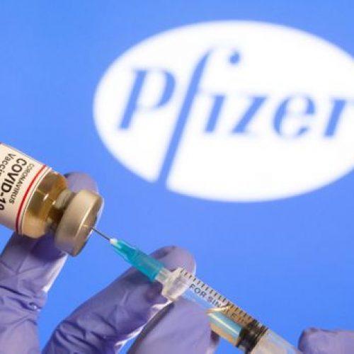 Vacinas evitam 80% das internações de idosos mesmo após só uma dose