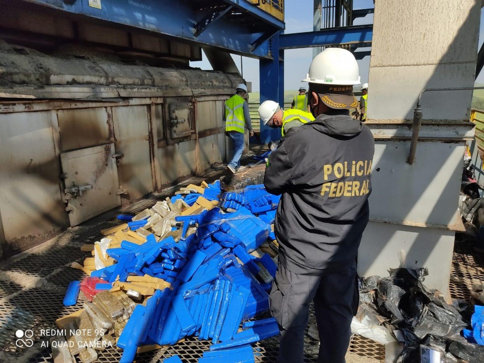 Polícia Federal de Rio Preto incinera mais de sete toneladas de drogas