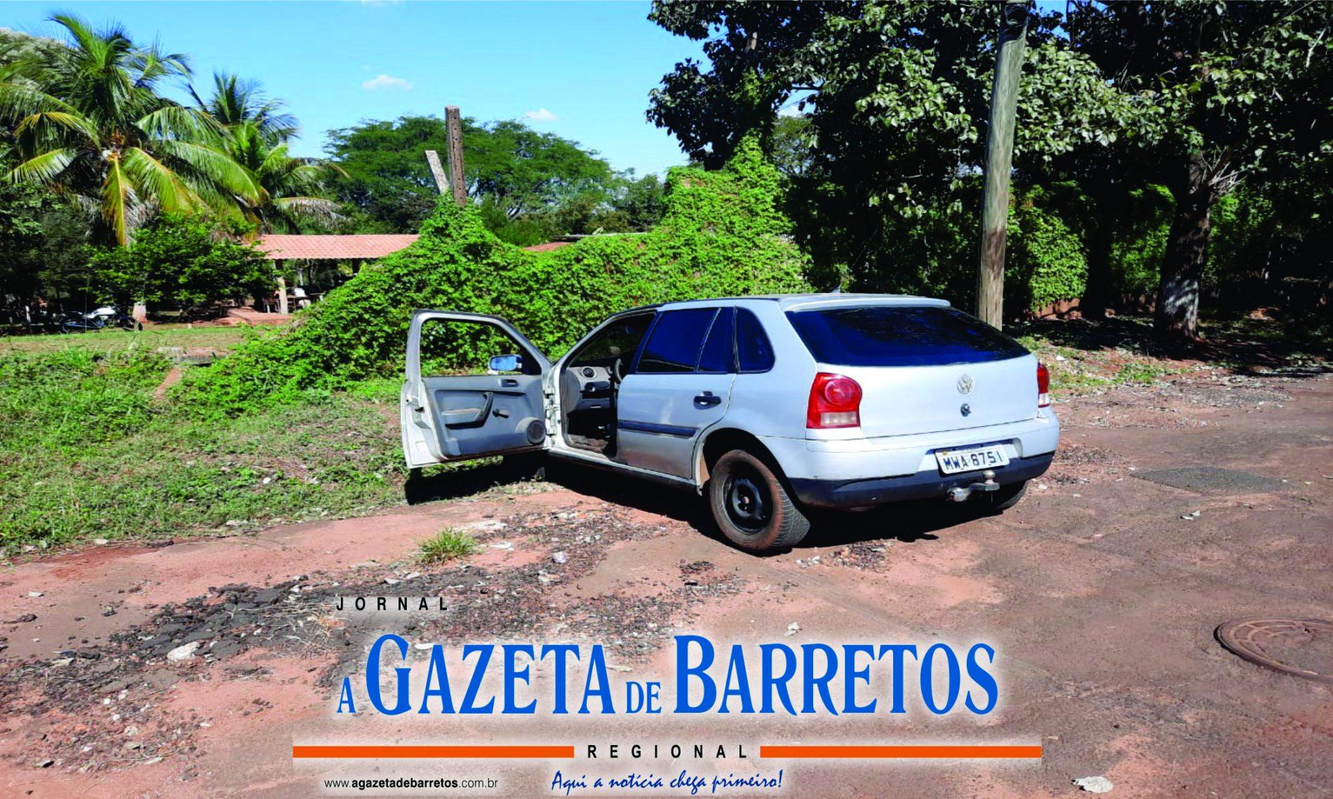 BARRETOS: Após fuga, indivíduo foge abandonando veículo e drogas