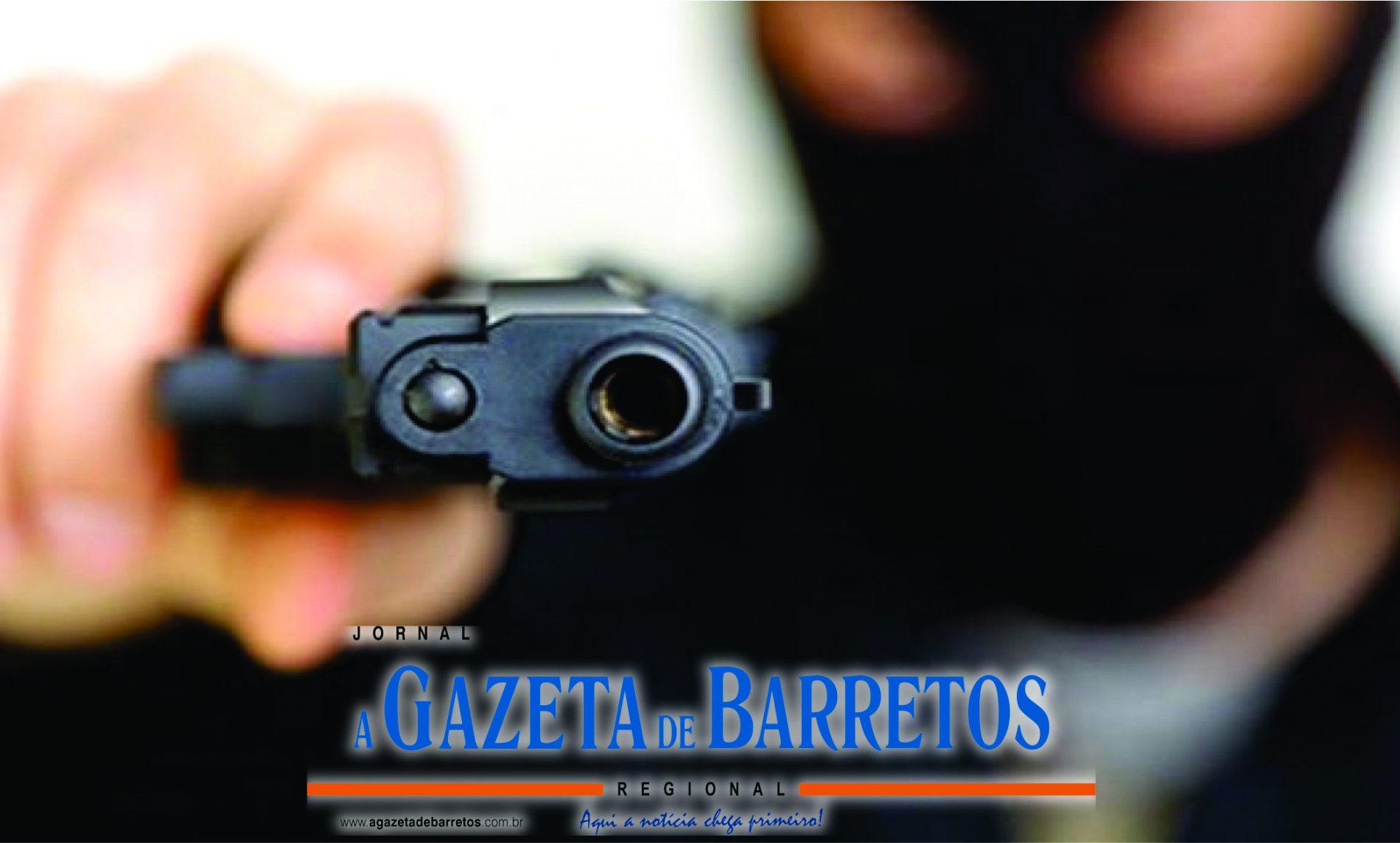 BARRETOS: Desconhecido aponta arma para garota de 16 anos