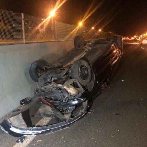 REGIÃO: Homem finge socorrer mulher que capotou carro e rouba celular dela
