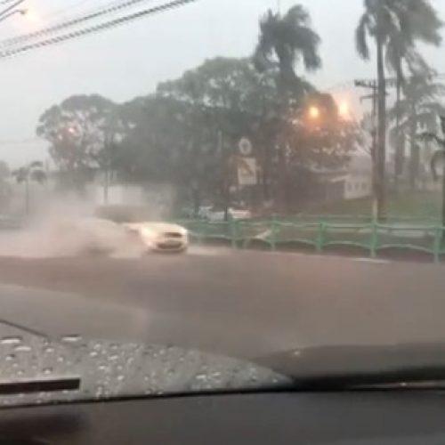 Defesa Civil alerta para fortes chuvas nas regiões de Ribeirão Preto, Franca e Barretos, SP
